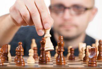 Comment procéder à un changement de dirigeant étape par étape